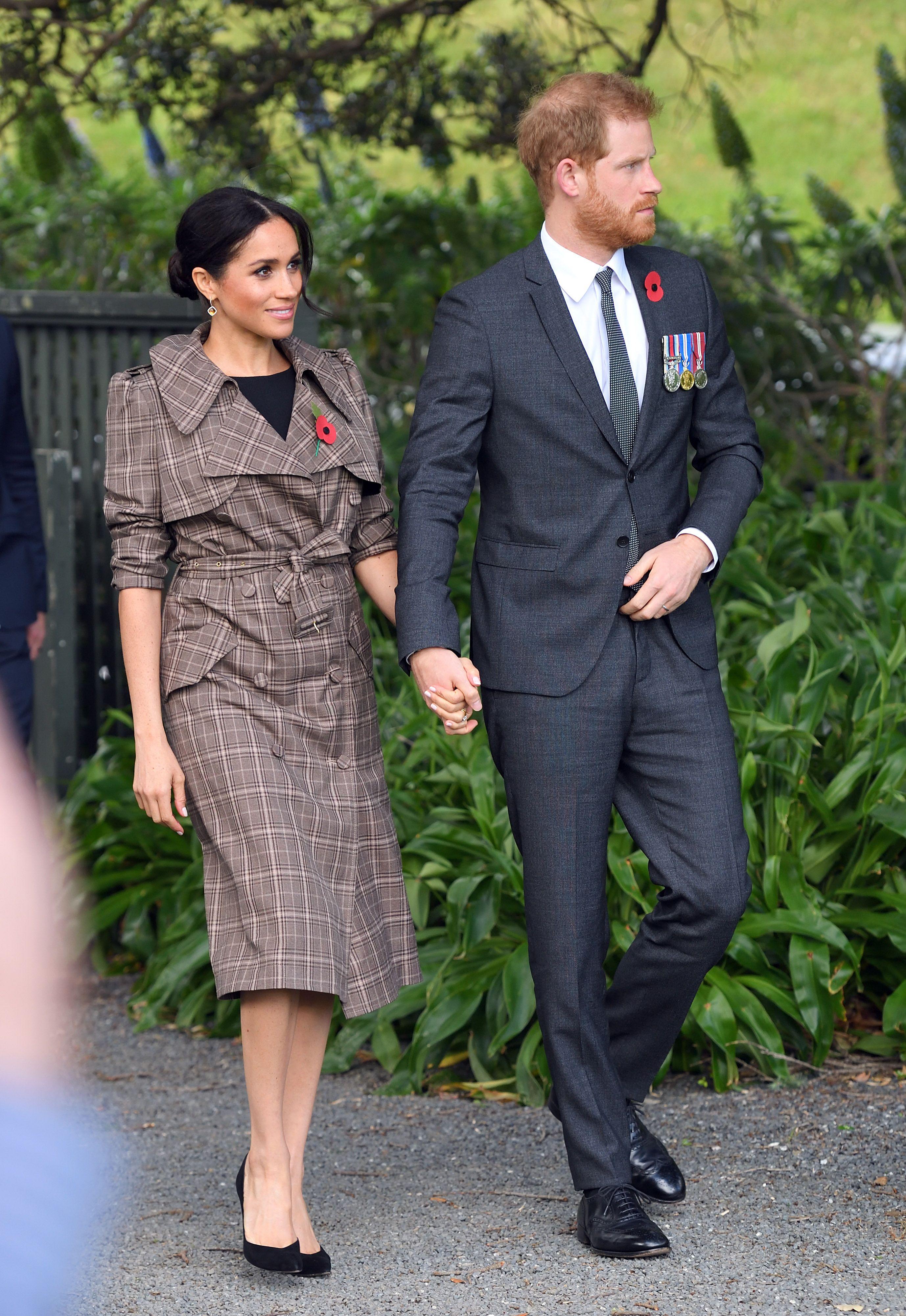 f040e45c4279b Meghan Markle Wears Karen Walker Trench Coat with Affordable ASOS Dress in  New Zealand