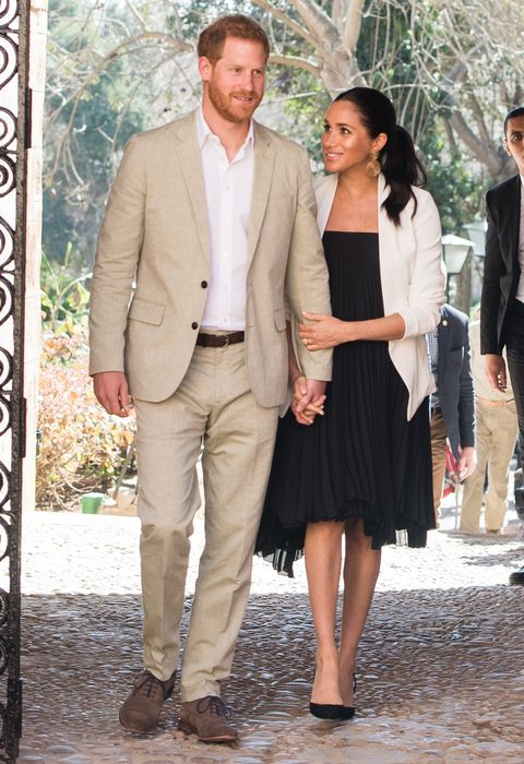 meghan markle and prince harry announcement twitter reactions meghan markle and prince harry
