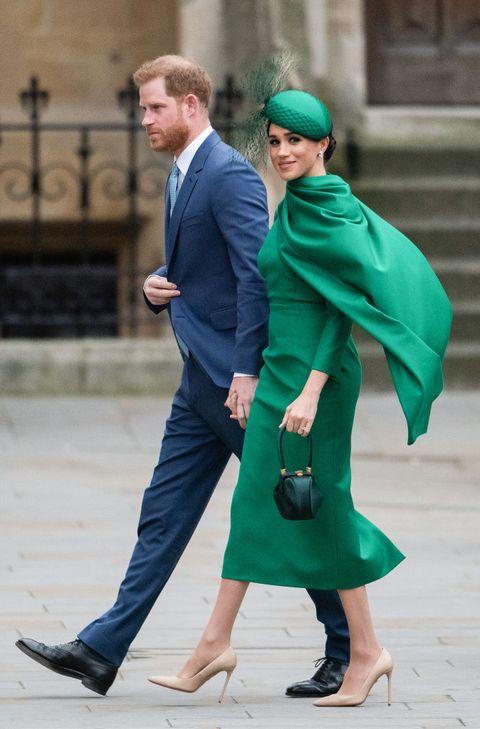 ヘンリー王子 メーガン妃 エリザベス女王 ロイヤルファミリー 移行期間