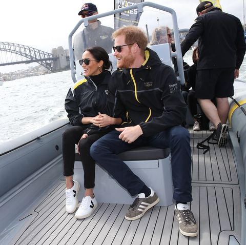 601757f4696 Meghan Markle Just Wore Crazy-Comfy Veja Sneakers And I m Obsessed