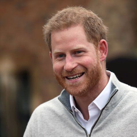 the duchess of sussex gives birth to a boy