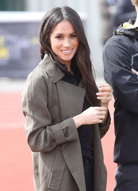 Fashion, Outerwear, Long hair, Street fashion, Gesture, Coat, Jacket, Photography, Brown hair, Suit,