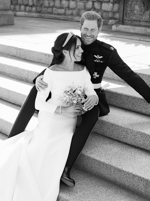 Megan And Harry Wedding.Meghan Markle And Prince Harry S Royal Wedding Portraits Compared To