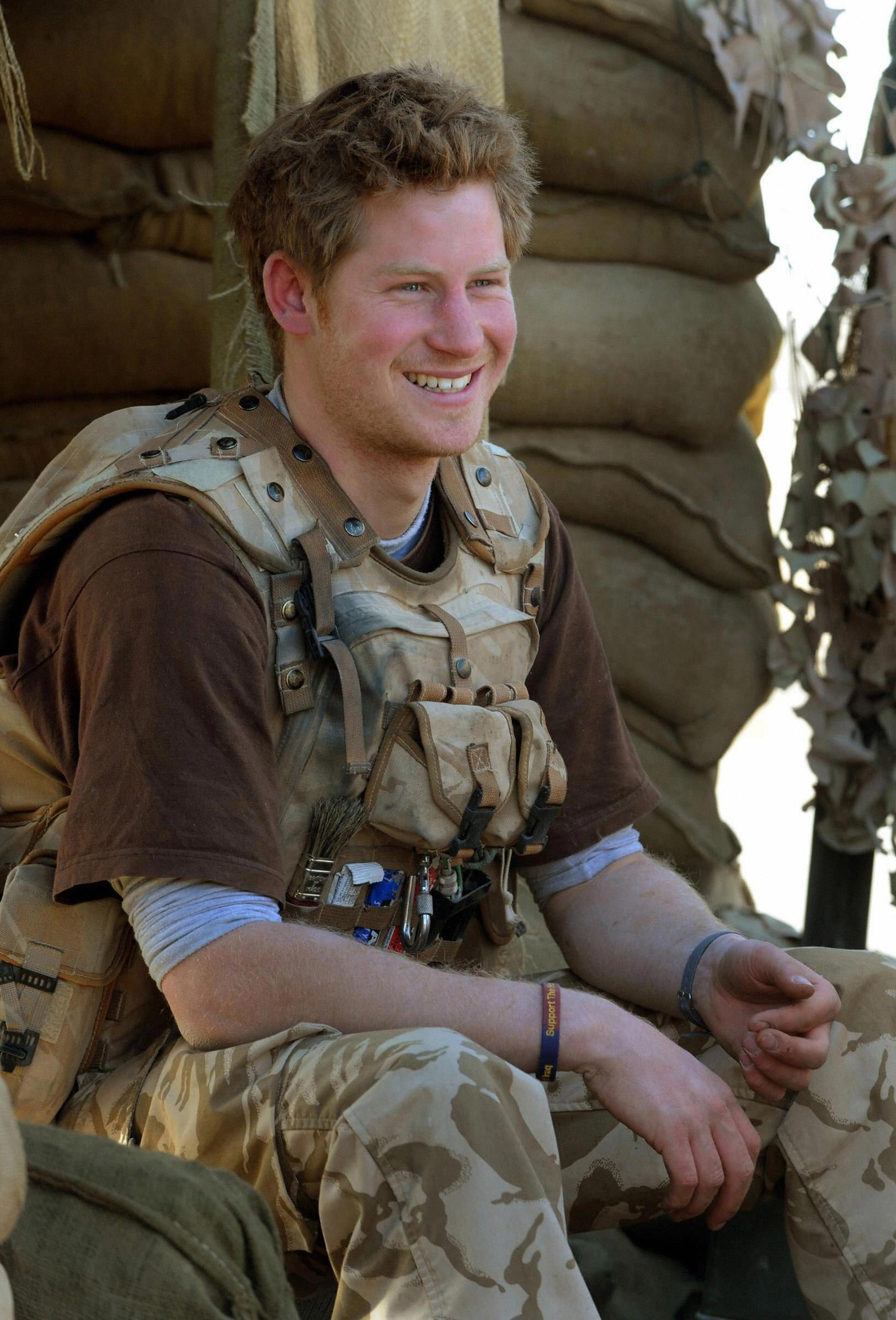 14++ Prince Harry Young Army