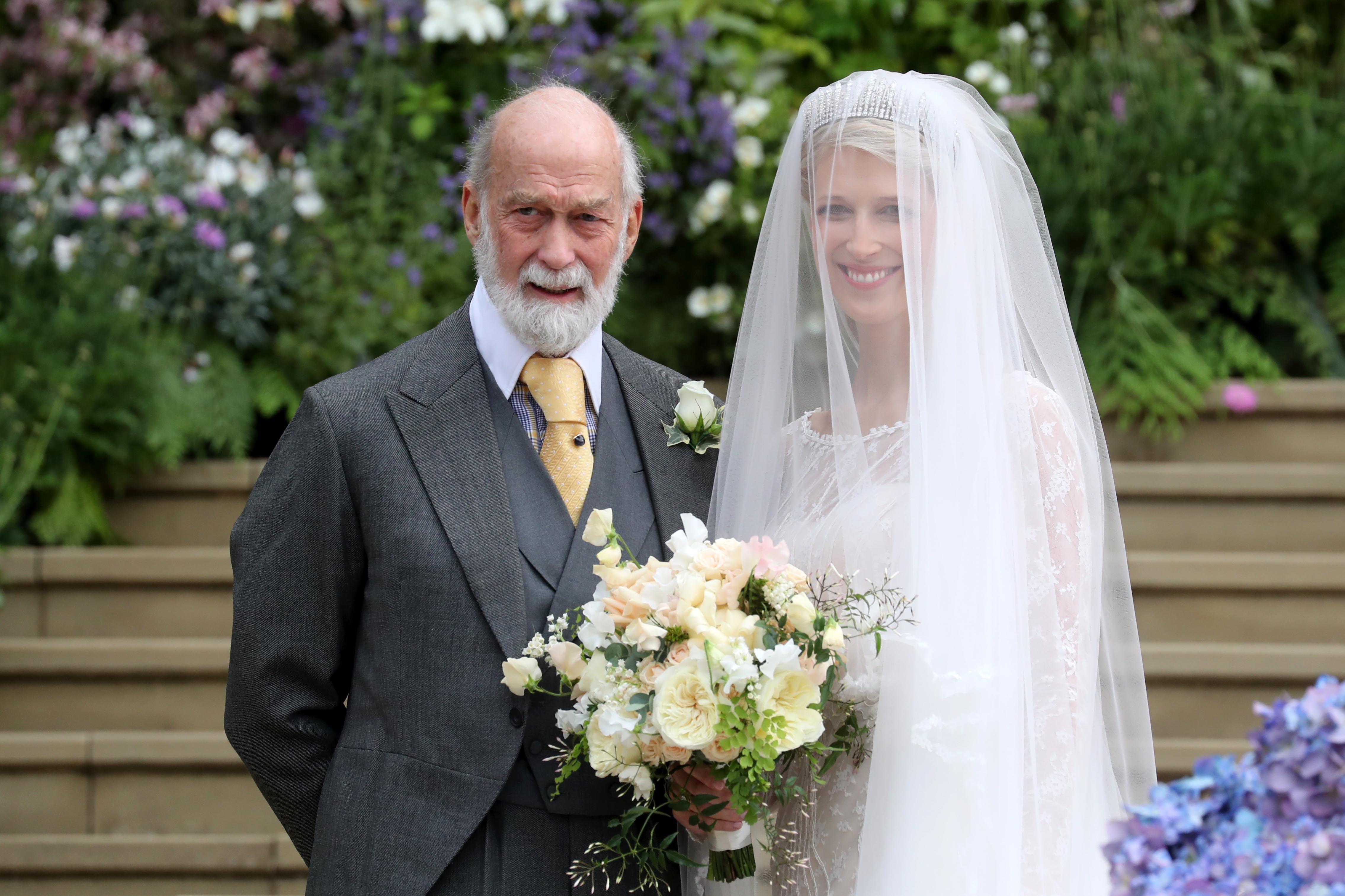 3db16cb57ad1b レディ・ガブリエラ・ウィンザーの結婚式、ハイライトシーン ハーパーズ バザー(Harper s BAZAAR)公式