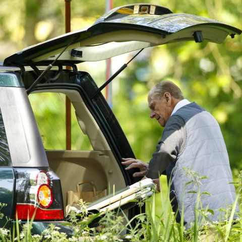 prince philip unloads his trunk
