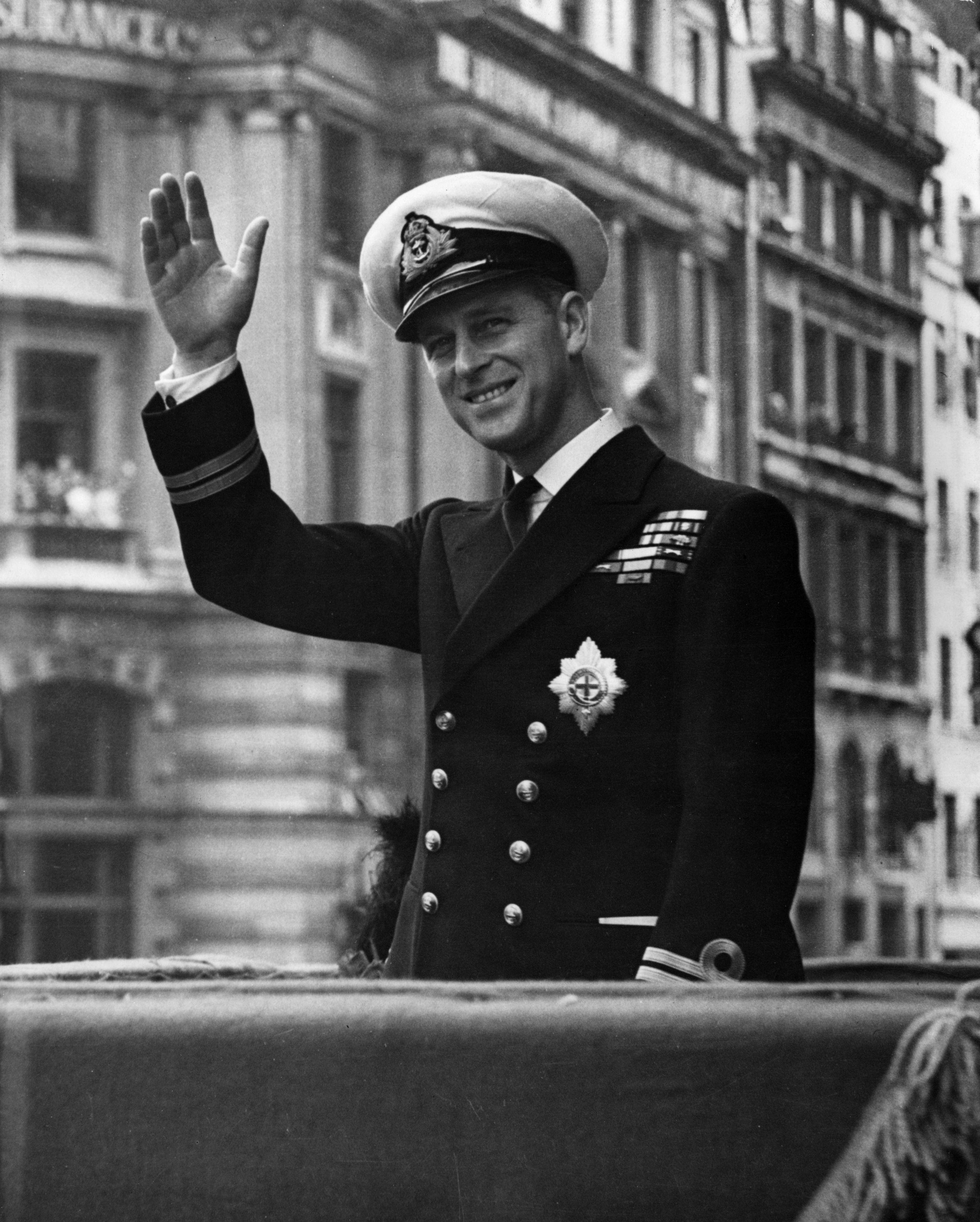 Addio al Principe Filippo di Edimburgo, si spegne a 99 anni il consorte della Regina Elisabetta