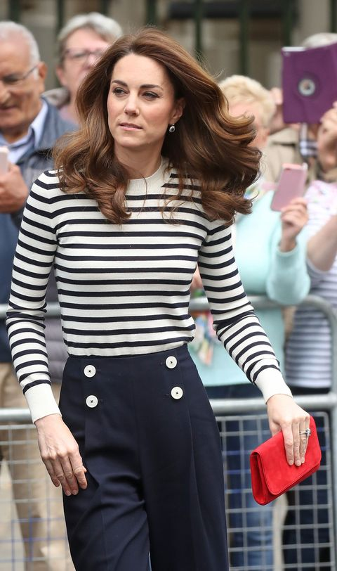4c4798590d2 Duchess Kate and the Queen Both Wear This  9 Nail Polish Brand ...