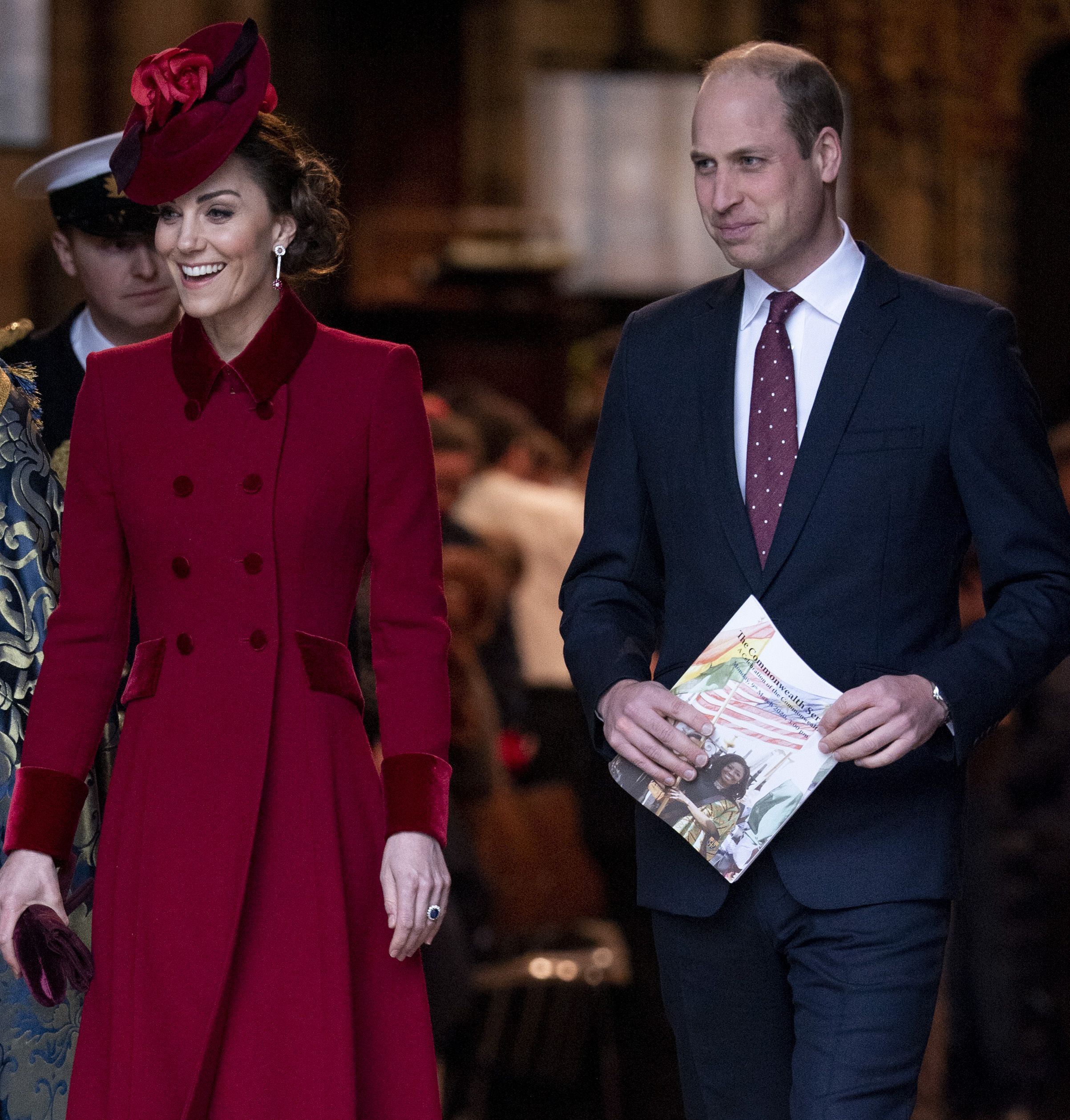 see kate middleton and prince william s rare photo of kensington palace on easter see kate middleton and prince william s