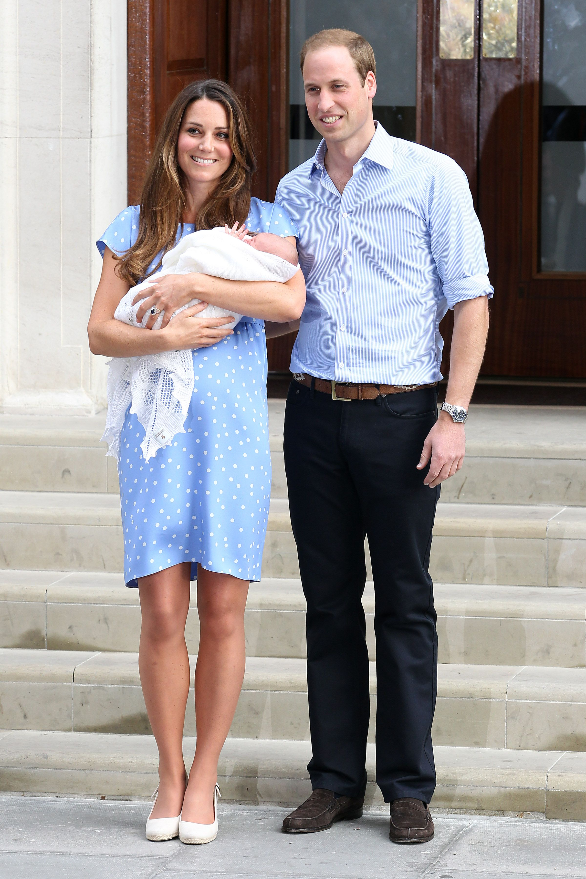 "Kate Middleton Calls Her First Post-Birth Photocall ""Terrifying"" During Podcast"