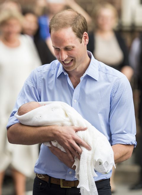 the duke  duchess of cambridge leave the lindo wing with their newborn son