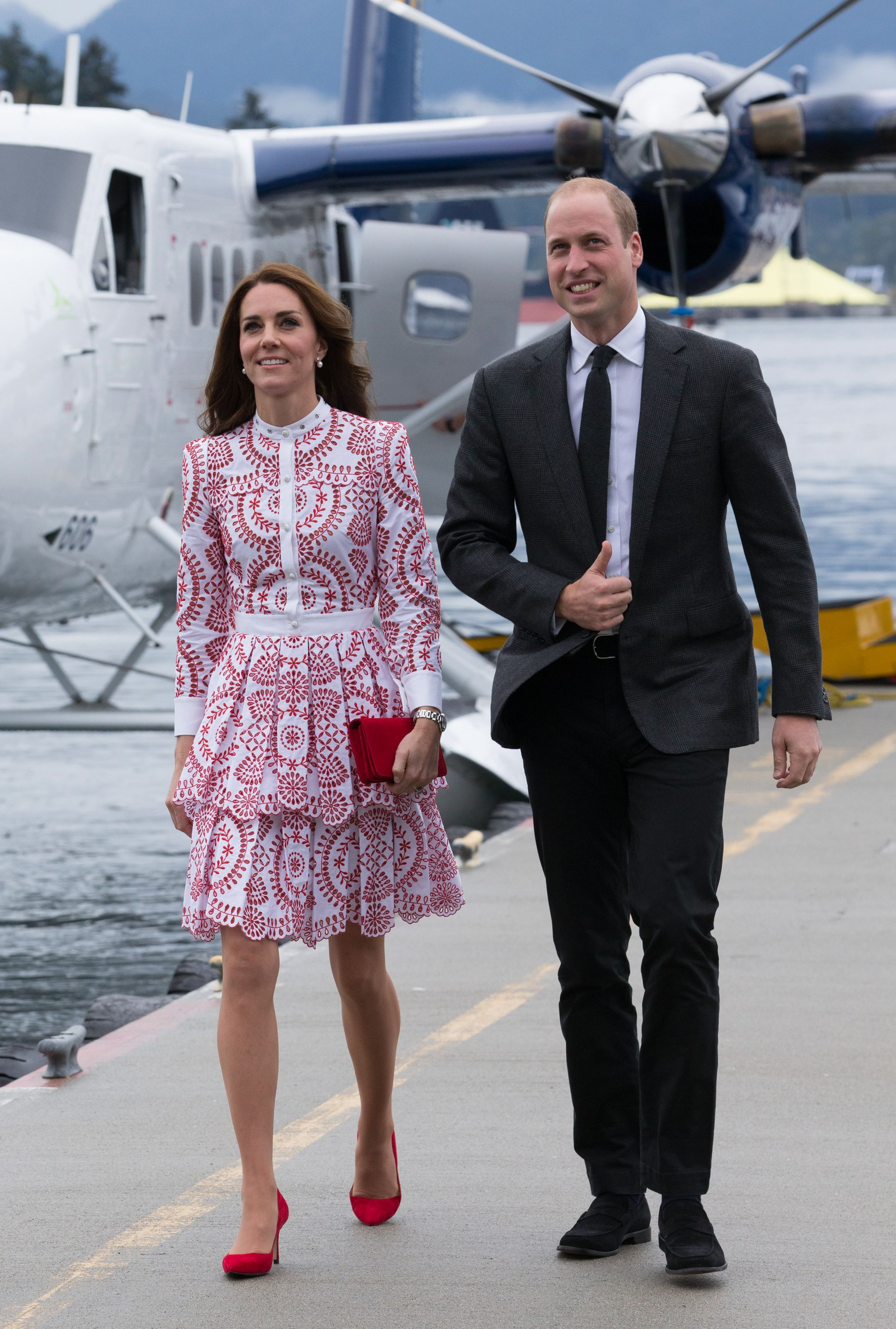 No, William and Kate weren't 'making a point' by flying on a budget airline