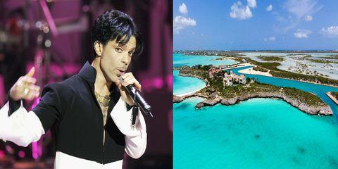 Tourism, Travel, Photography, Vacation, Singer, Leisure, Music artist, World, Black hair,