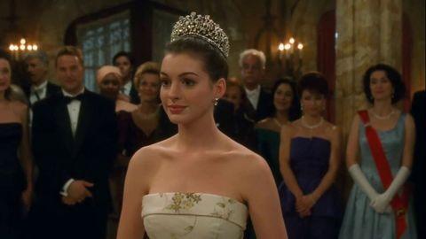 Gown, Bride, Dress, Wedding dress, Bridal clothing, Headpiece, Clothing, Ceremony, Fashion, Event,