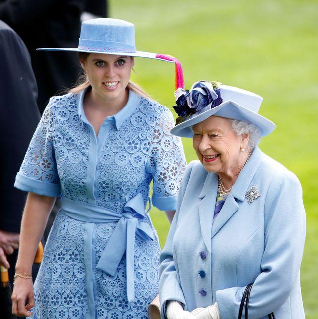 ベアトリス王女 エリザベス女王 長女 赤ちゃん ベビー ロイヤルベビー