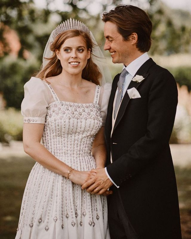 ベアトリス王女 結婚指輪 エンゲージリング ロイヤルファミリー キャサリン妃 メーガン妃 ユージェニー王女