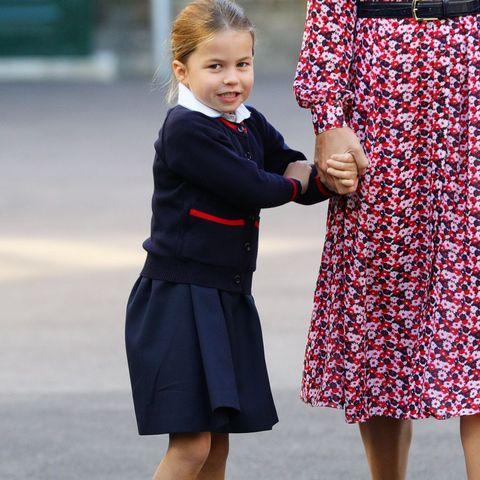 シャーロット王女 クリスマス ウィリアム王子 キャサリン妃 ジョージ王子