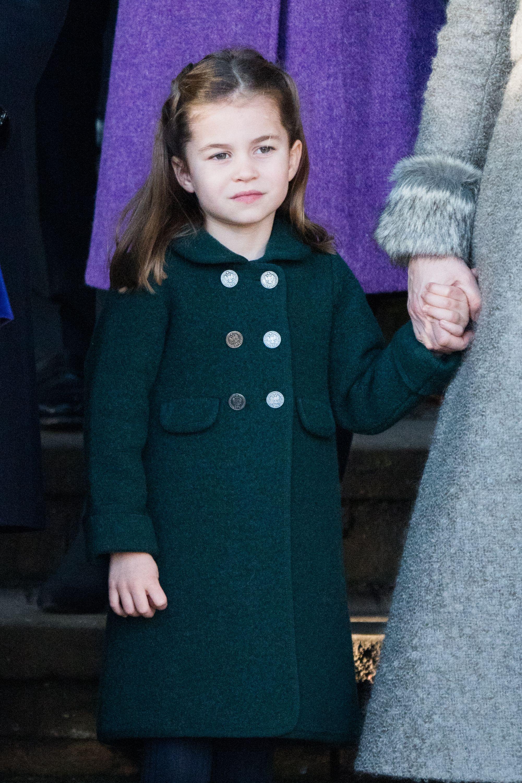 Los duques de Cambridge planean que la princesa Charlotte no vuelva al colegio este verano
