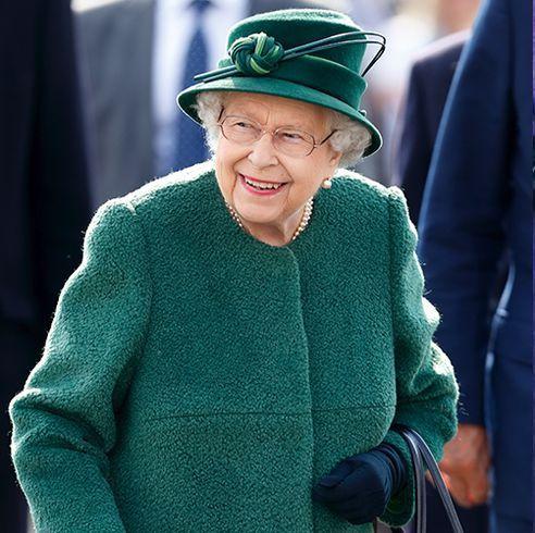 queen elizabeth princess charlotte green jacket