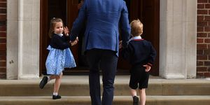 princess charlotte waving at lindo wing