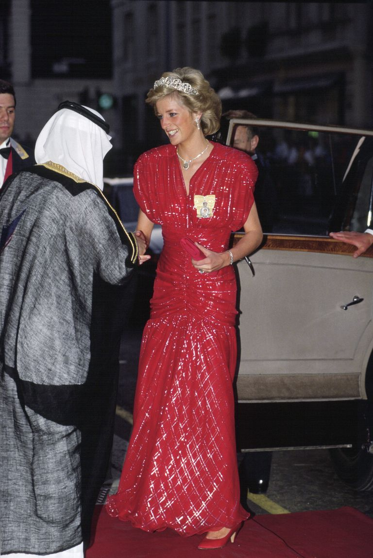Diana wore this head-to-toe red sparky gown with the Spencer tiara  to a banquet held at Claridges in London. The dress was designed by Bruce Oldfield.