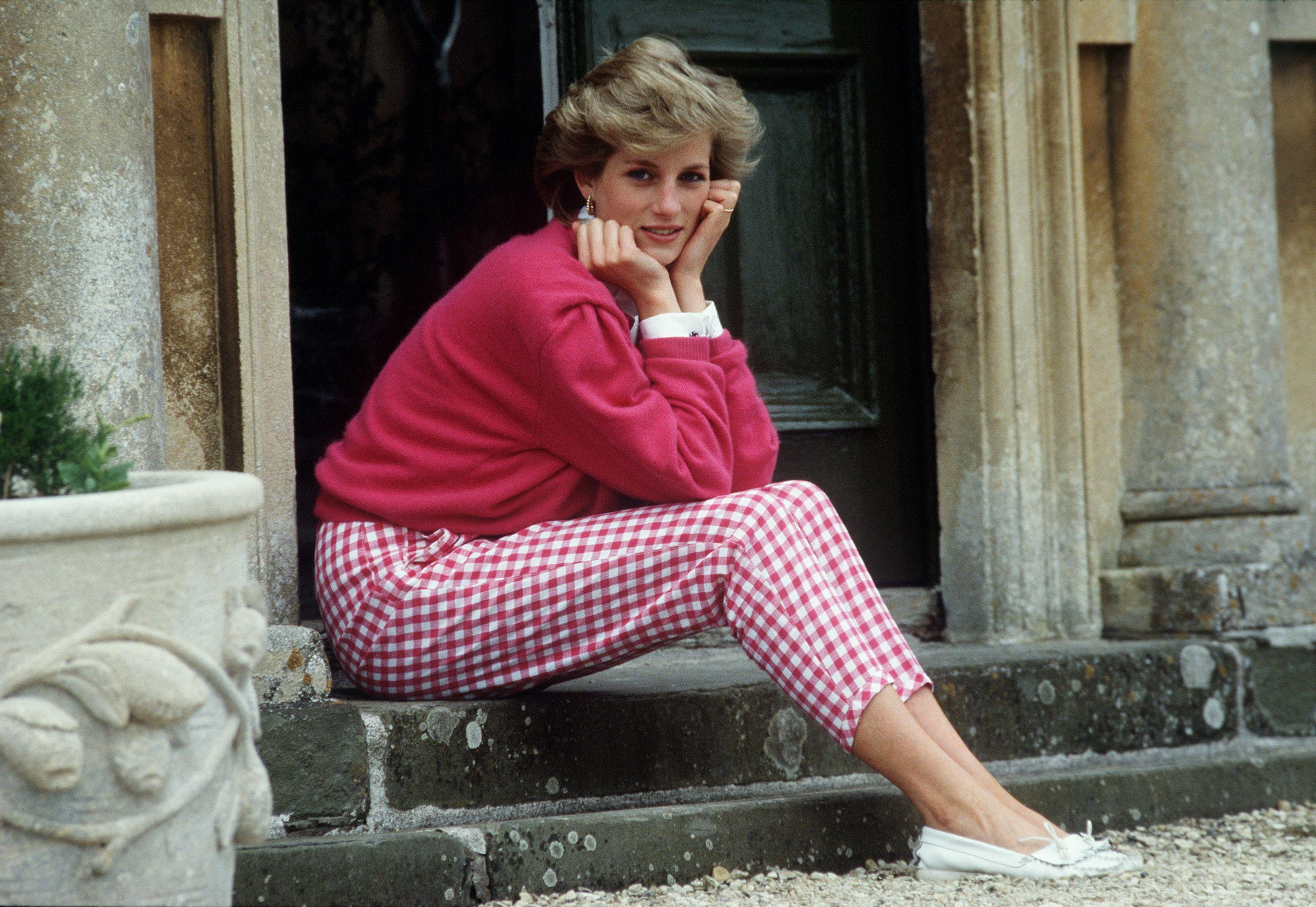 The Many Ways Princess Diana Broke Royal Protocol