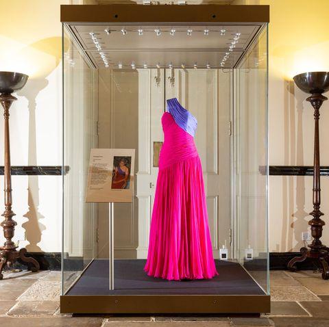 princess diana kensington palace style exhibition david sassoon sketch