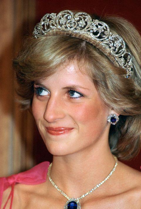 Diana Jewels Shy