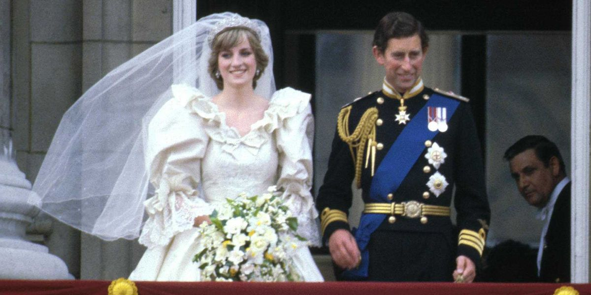 Princess Diana S Wedding Dress Every Detail Of Princess Diana S