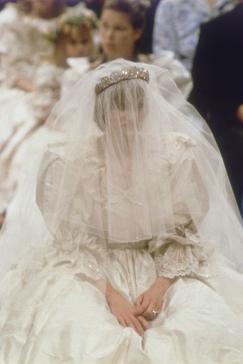 princess diana s wedding dress every detail of princess diana s iconic wedding gown princess diana s wedding dress every
