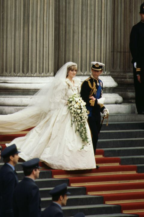 Princess Diana S Wedding Dress Every Detail Of Princess Diana S Iconic Wedding Gown