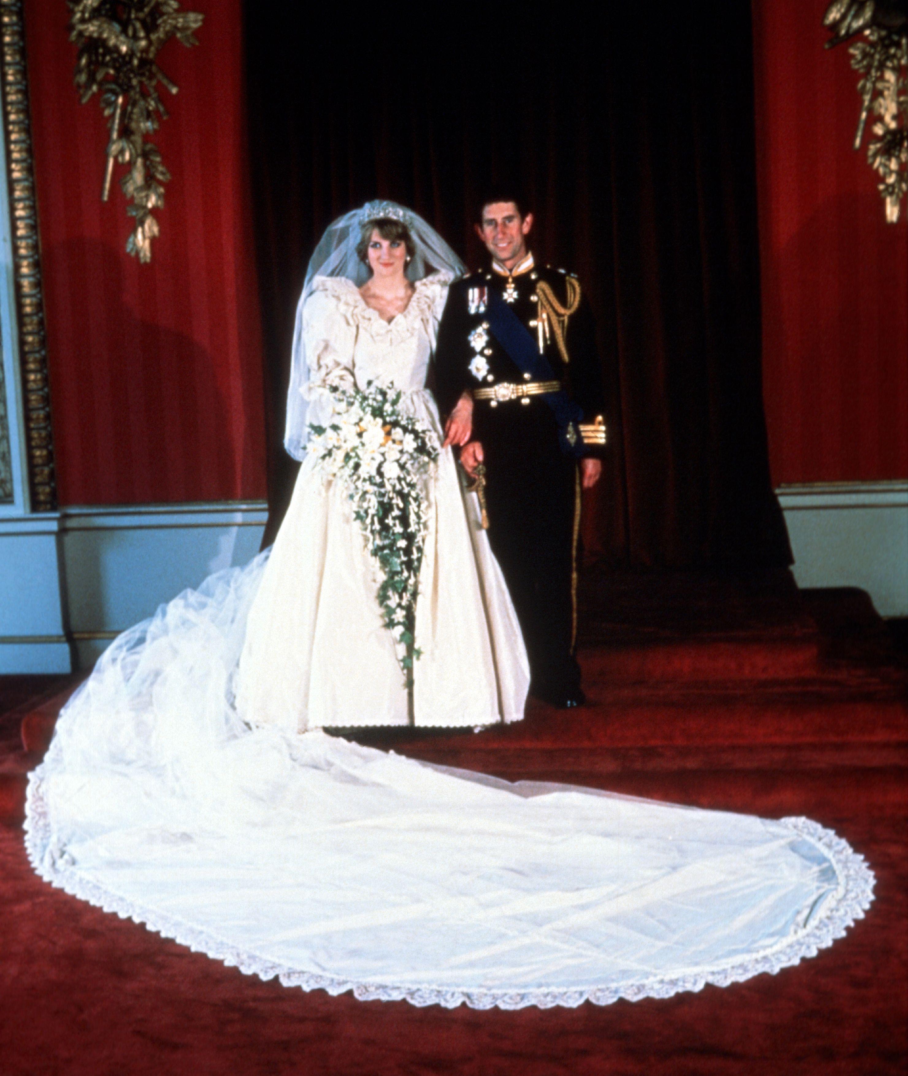 Princess Diana Wedding Dress Train