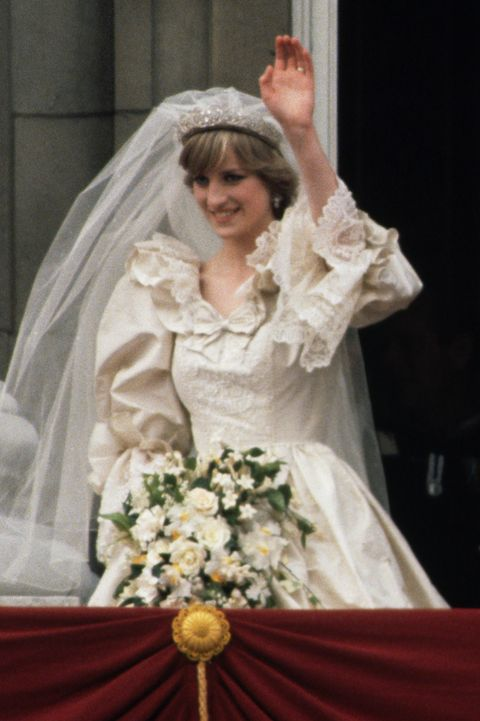 Princess Diana S Wedding Dress Every Detail Of Princess Diana S