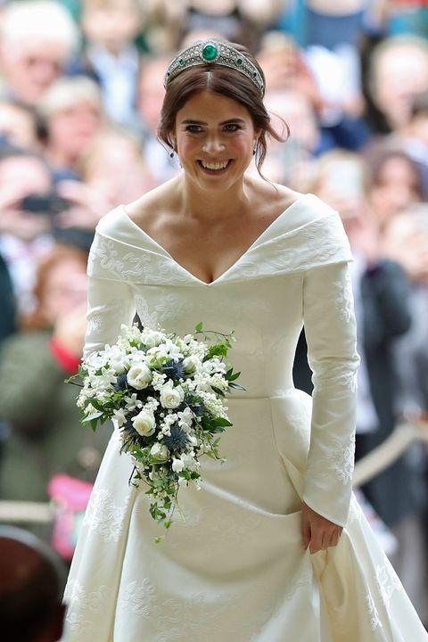 princess eugenie of york marries mr jack brooksbank, eugenie emerald tiara wedding