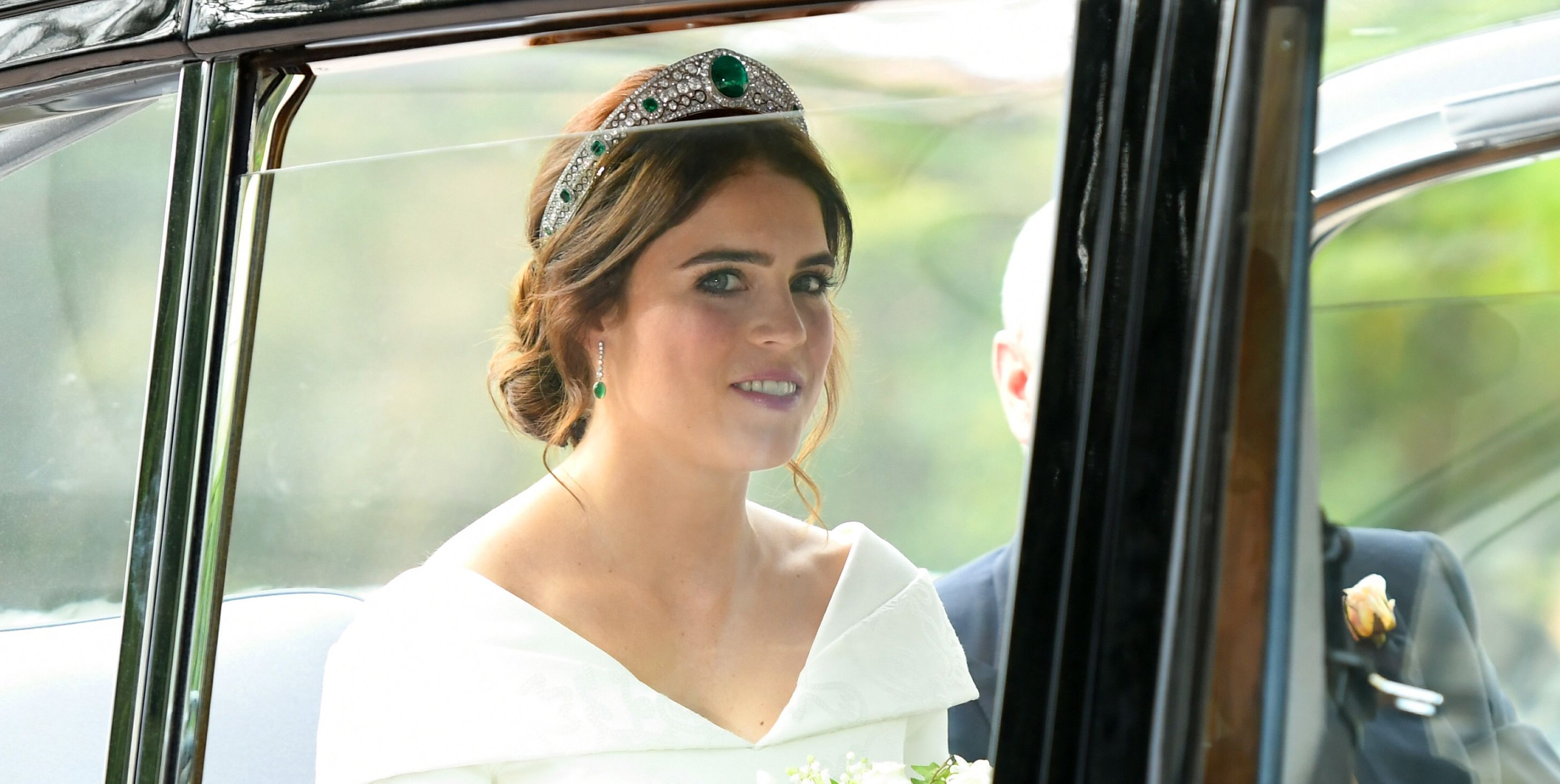 Princess Eugenie wedding dress and tiara