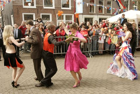 holland celebrates queens day