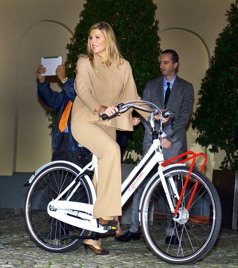 the prince of orange and princess maxima visit the consulate general during their official visit to istanbul