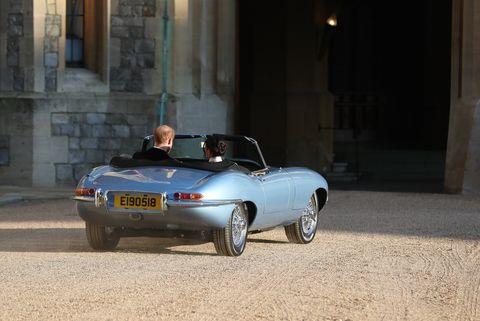 4021bf363afb Meghan Markle con il marito il principe Harry vanno al ricevimento del  matrimonio
