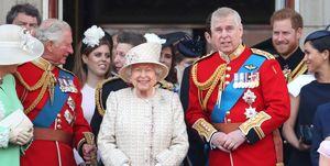Prins Andrew op het balkon met de Britse royal family tijdens Trooping The Colour 2019
