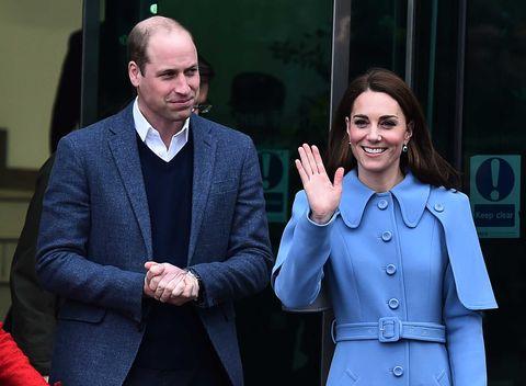 Prins William en Kate Middleton tijdens hun bezoek aan Noord-Ierland