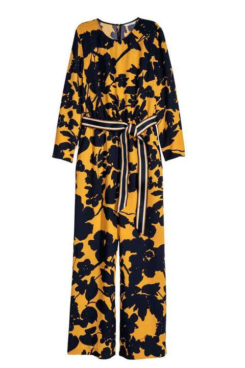 Clothing, Yellow, Sleeve, Dress, Day dress, Robe, Costume, Nightwear,