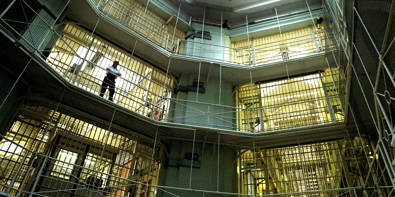 Una cárcel controlada por robots