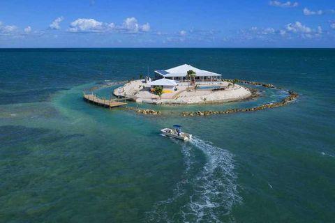 Artificial island, Sea, Island, Coastal and oceanic landforms, Water, Caribbean, Aerial photography, Islet, Ocean, Cay,
