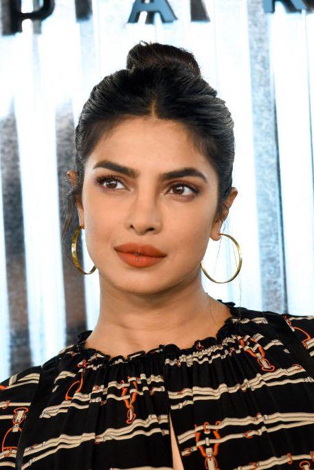 Back to School Makeup Ideas - Priyanka Chopra Bold Brows