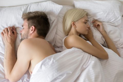 problems in relationship on bed