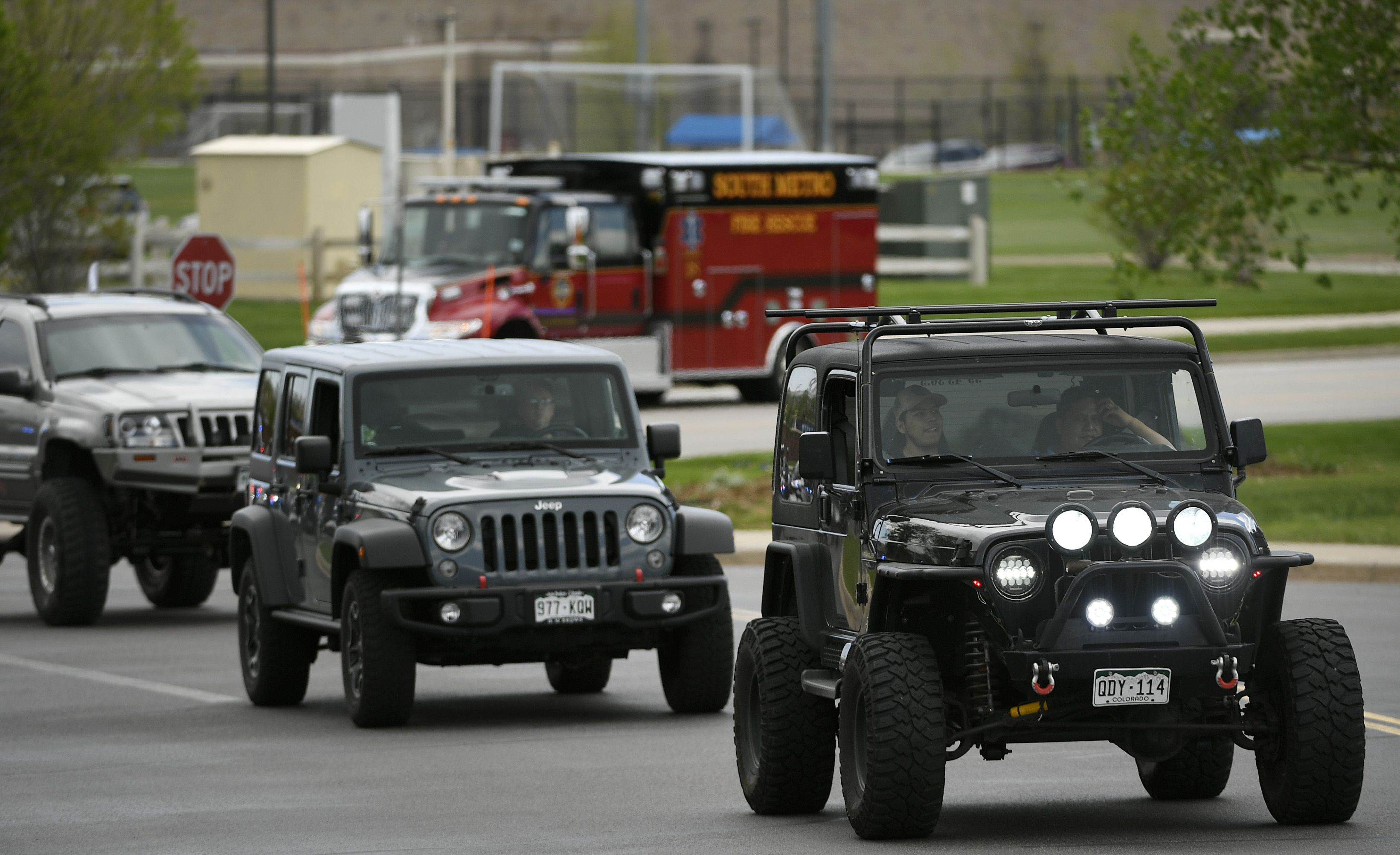 Hundreds of Jeeps Pay Tribute to 18-Year-Old Jeep Owner Killed Thwarting School Shooting