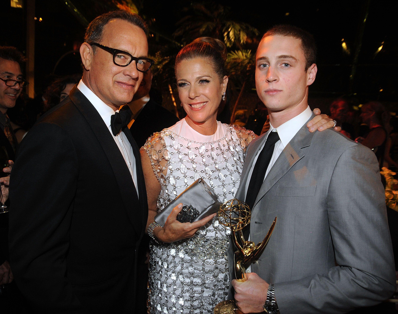 Ma il figlio di Tom Hanks è davvero un bad guy razzista? Purtroppo così sembra: ribelle e razzista