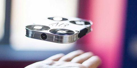 Finger, Hand, Technology, Electronics, Thumb, Nail, Gadget, Gesture,