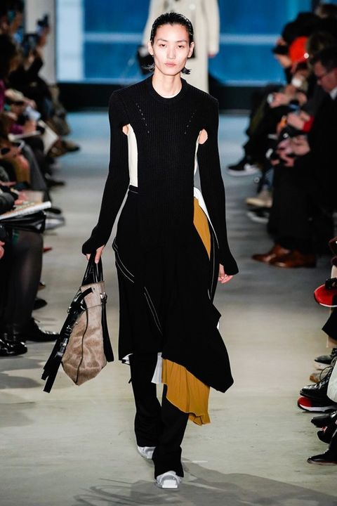Fashion model, Fashion, Runway, Fashion show, Clothing, Shoulder, Haute couture, Dress, Footwear, Event,