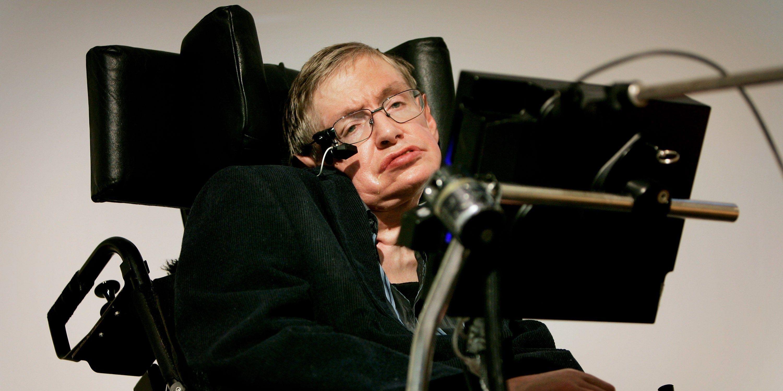 """Stephen Hawking advierte: """"En un futuro, los 'superhumanos' acabarán con la humanidad"""""""